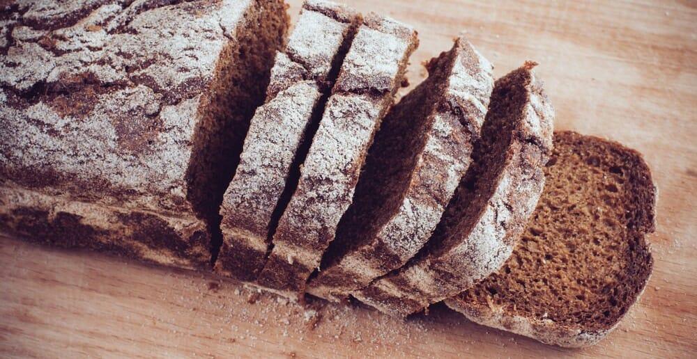 Le pain de seigle fait-il grossir ?