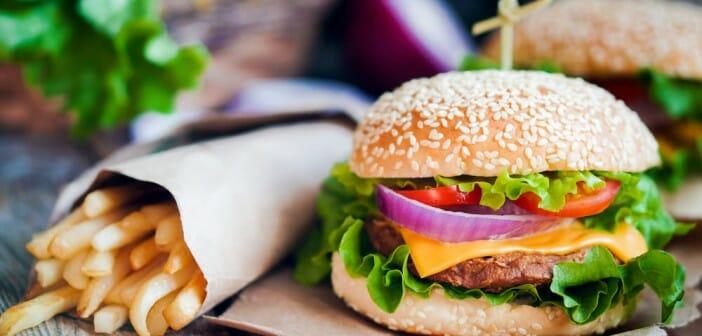 Repas au fastfood : explosion du compteur à calories