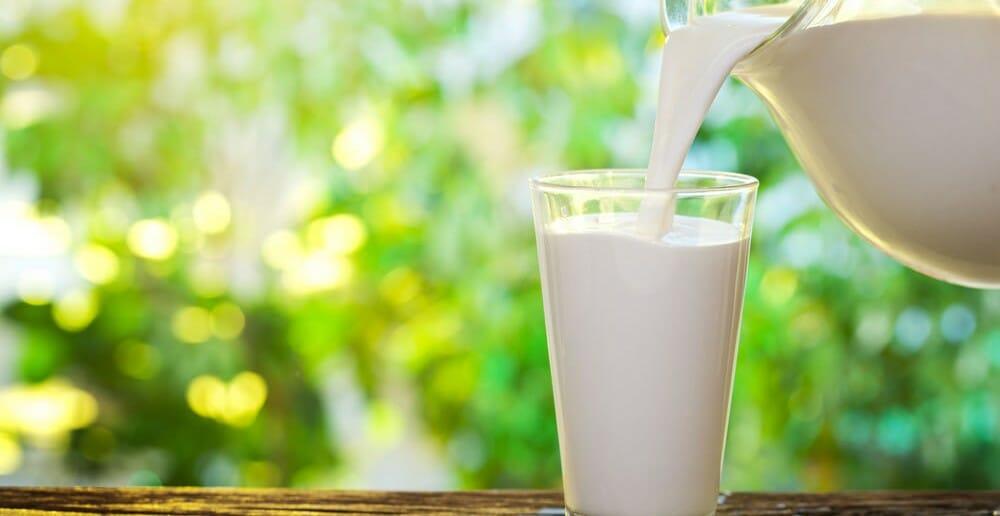 Le lait demi-écrémé fait-il grossir ?