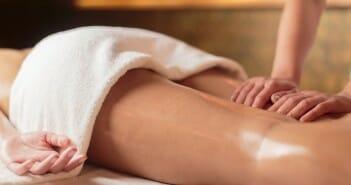 Les massages drainants contre la cellulite