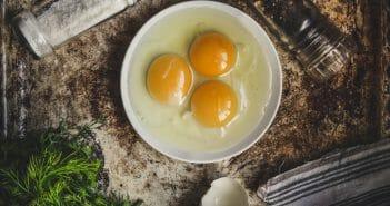 3-recettes-legeres-a-cuisiner-avec-des-jaunes-d-oeufs