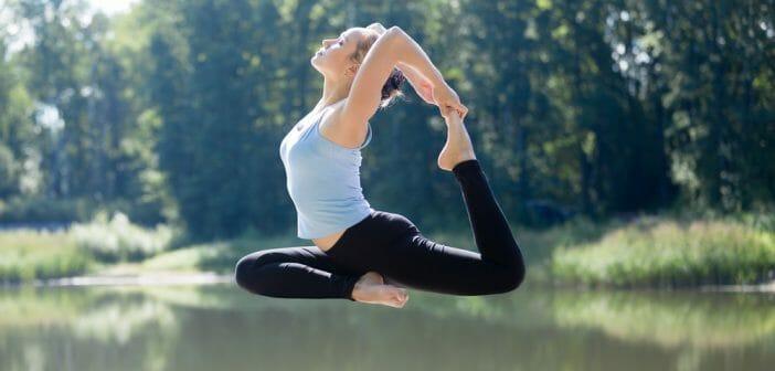 floating-yoga-nouvelle-tendance-fitness-moment