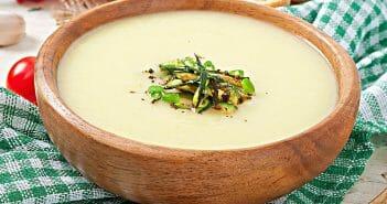La soupe de céleri branche pour maigrir