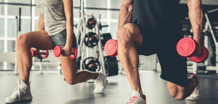 Les exercices avec haltères pour affiner les bras