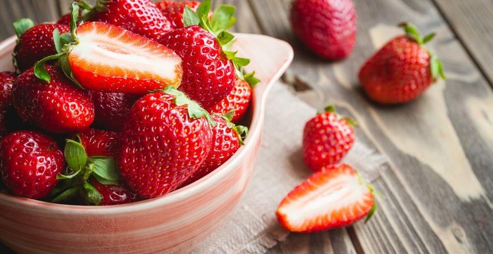 Manger des fraises pour avoir un ventre plat