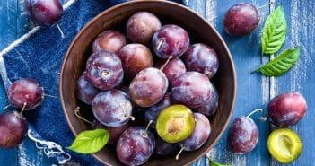 Manger des prunes pendant un régime est-il bon