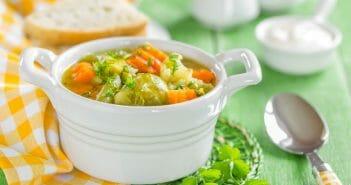 Perdre 5 kg en une semaine grâce à la soupe aux choux