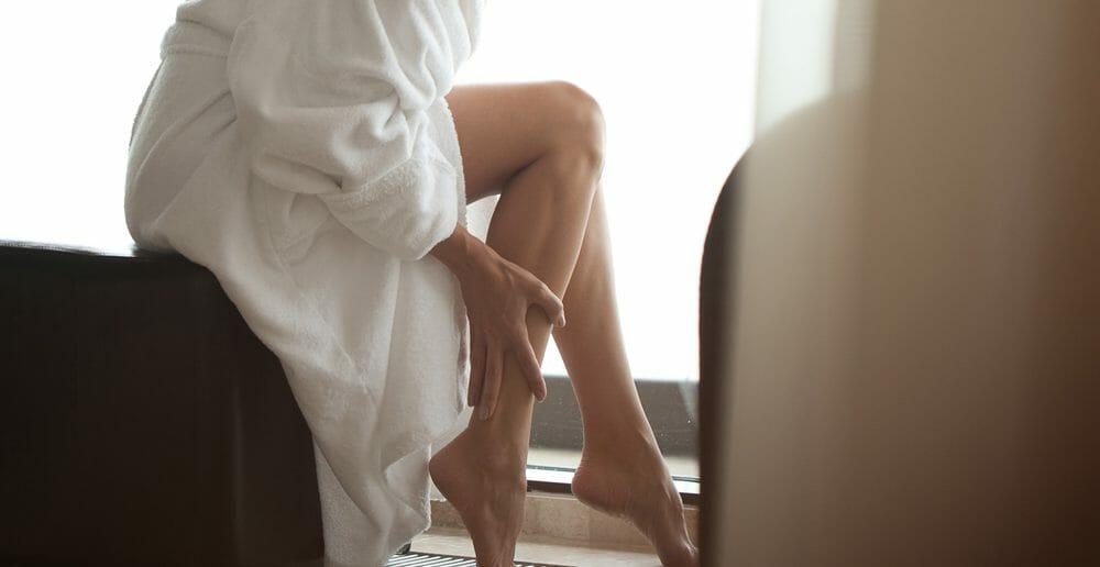 5 remèdes de grand-mère pour soulager les jambes lourdes