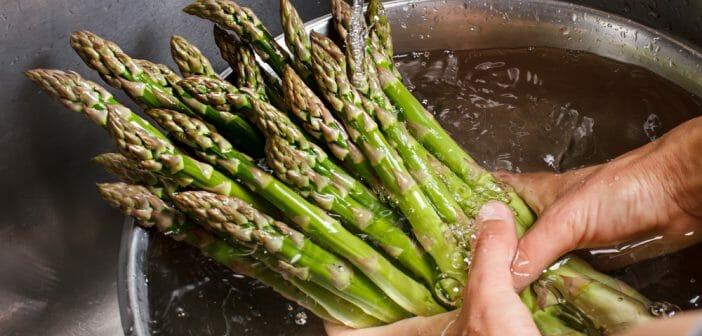 L'eau de cuisson des asperges : des bienfaits diurétiques ?