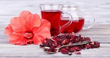 L'eau rouge est-elle efficace pour perdre du ventre ?