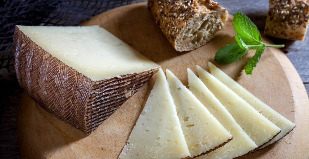 Combien de calories dans le fromage manchego